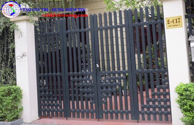 cửa cổng sắt 4 cánh đẹp