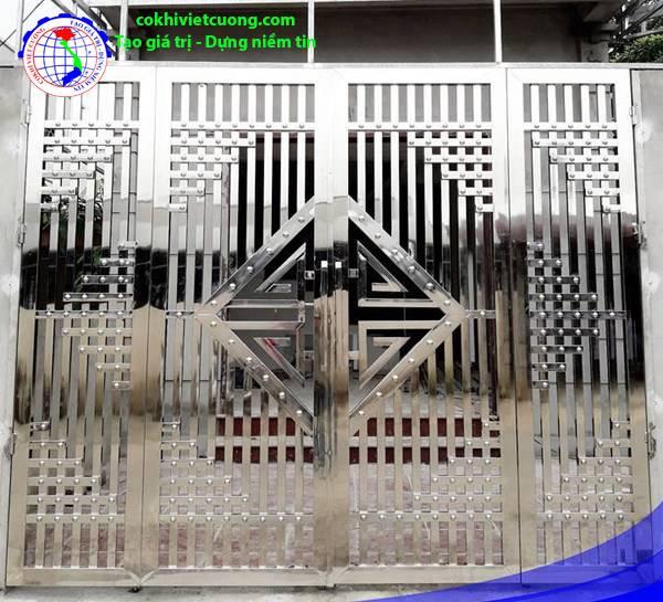 cửa cổng inox 4 cánh đẹp