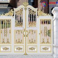15 mẫu cửa cổng inox màu đẹp nhất hiện nay